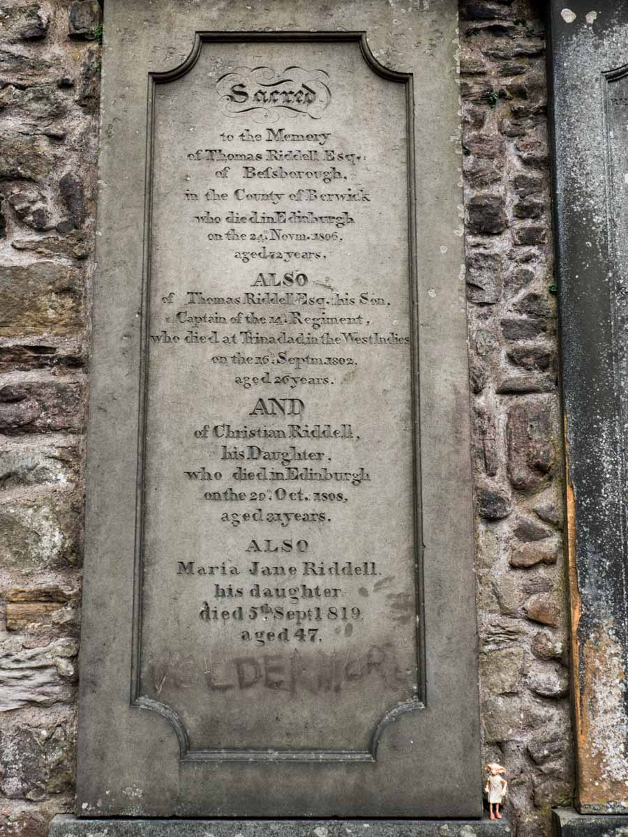 Tom Riddle Greyfriars Cemetery