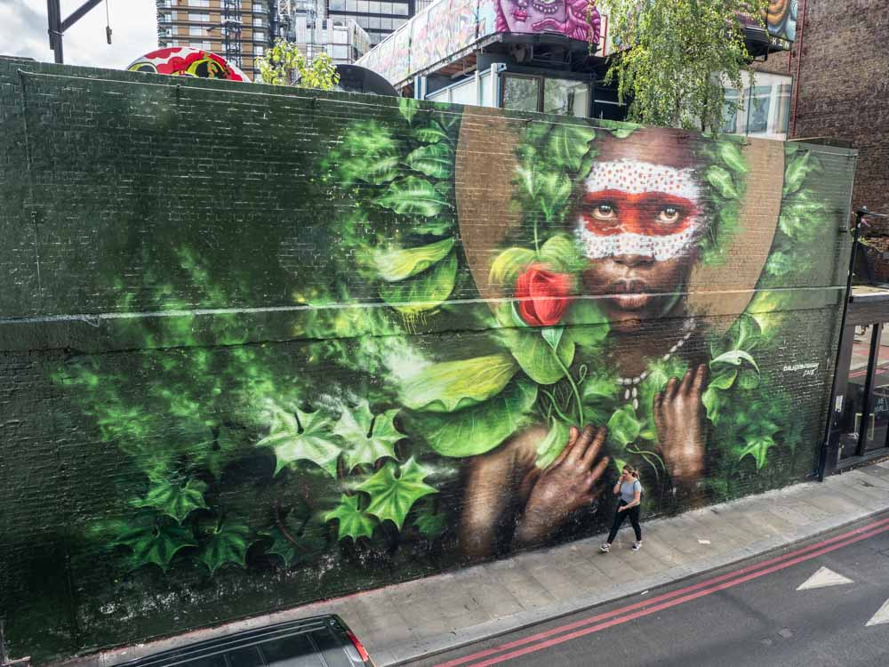 Shoreditch street art by Dale Grimshaw