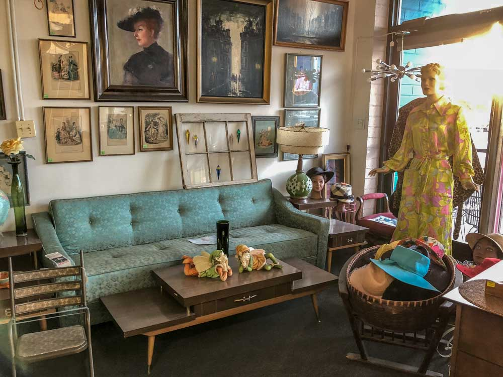 What to do in Downtown Las Vegas: Vintage Shop