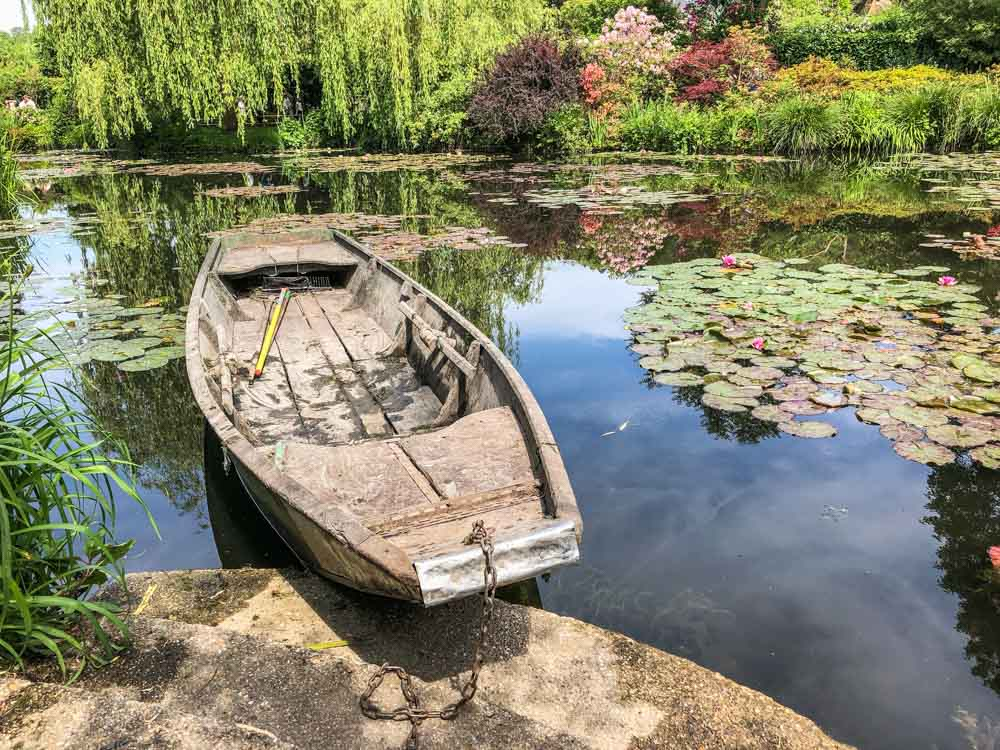 Monet's lily pond in Giverny