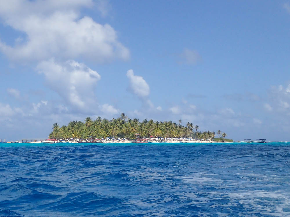 Things to do in San Andres Colombia: Visit Johnny Cay
