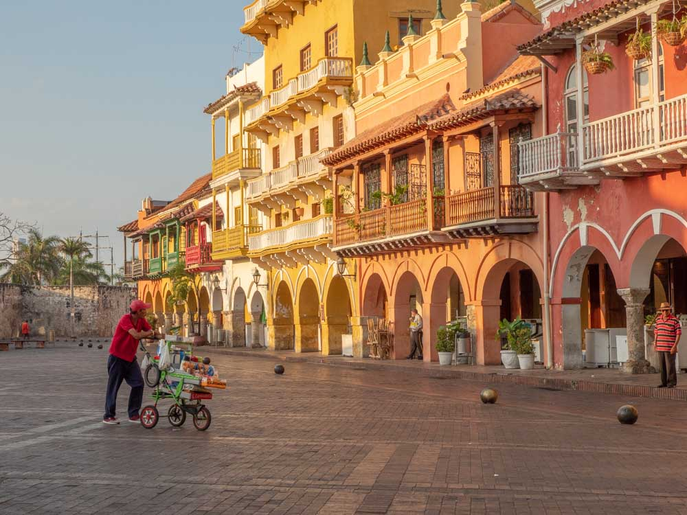 Colombia Cartagena itinerary with Plaza de los Coches morning light
